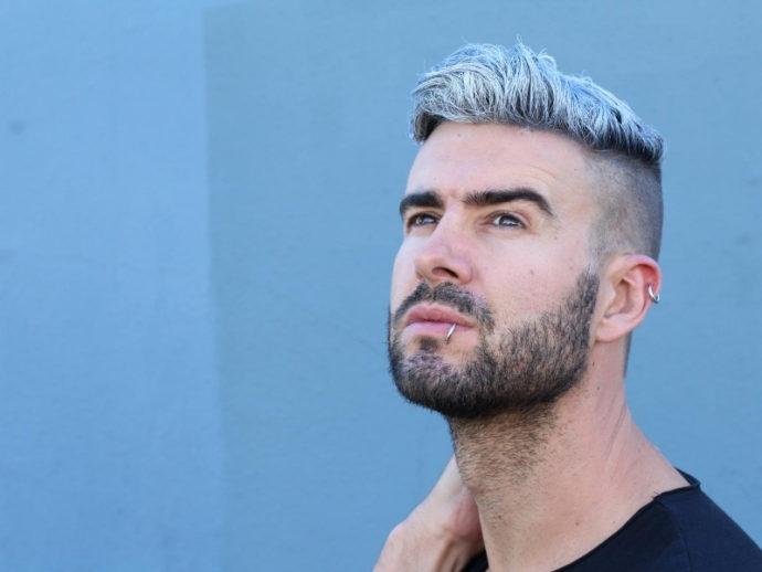 男性のヘアスタイルは「顔の形にマッチしているか」