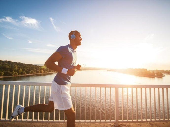 体臭を普段から予防する方法 運動して汗を流す